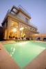 Antalya konyaaltında tesettürlü aileler için özel havuzlu