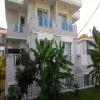 Alaçatı da 2+1 havuzlu kiralık villa
