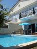 Çeşme alaçatı da havuzlu kiralık lüks villa