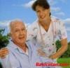 Hasta bakıcısı yaşlı bakımı yatılı yardımcı eleman