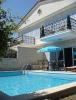 İzmir ceşmede  lüks  havuzlu kiralık villa