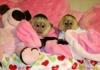 Sladký a krásný chlapec a dívka kapucínské opice k