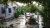 2 dönüm meyve bahçesi içinde satilik ev