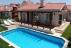 Muğla fethiye de ailelere havuzlu kiralık lüks villa